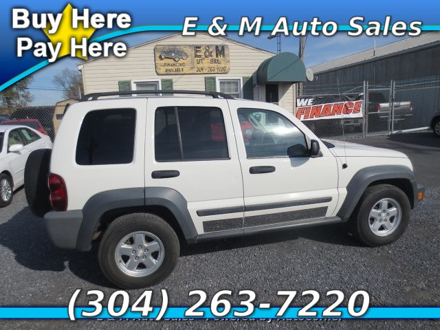 2006 Jeep Liberty Sport 2WD 4-Speed Automatic
